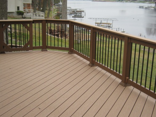 TimberTech deck on Jimmerson Lake
