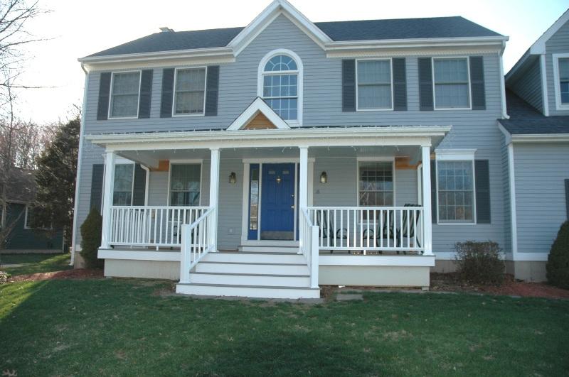 Front porch ft wayne in fiberon decking