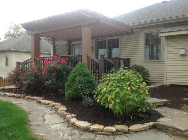 stunning new Ft. Wayne deck with pergola matched to perfection