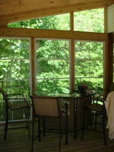 Fort Wayne EZE Breeze porch window system