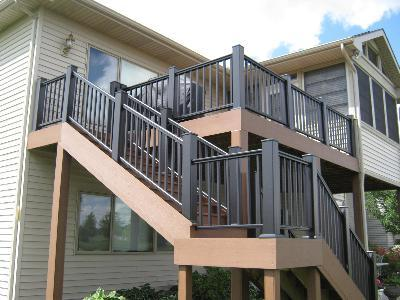 Elevated composite deck in Fort Wayne, IN