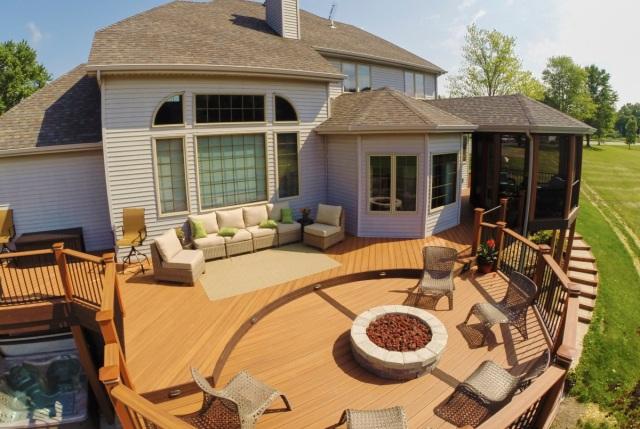 Churubusco, IN, outdoor living space combination