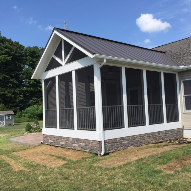 screened-porch-transformation-02